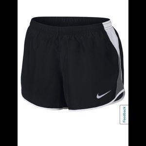 Nike Women 10k Running Shorts Gray White Black